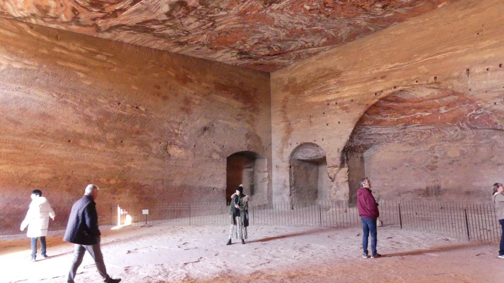 Grobowiec Urny wnętrze Petra
