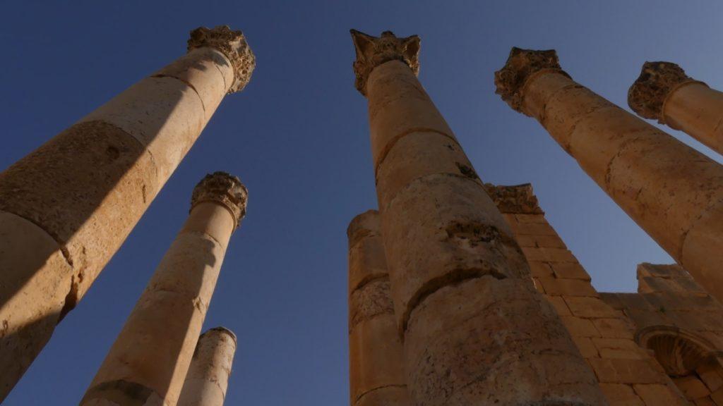 15 metrowe kolumny światyni Zeusa